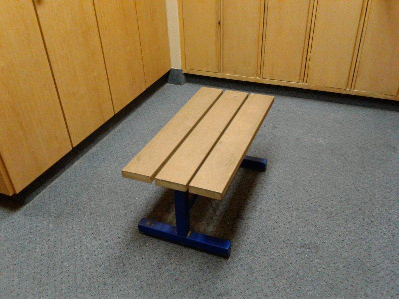 bench 800
